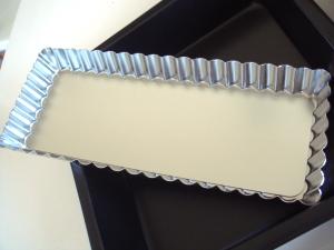 長方形のタルト型と正方形の型