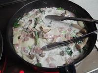 野菜がしんなりしてきたら生クリームを。。。
