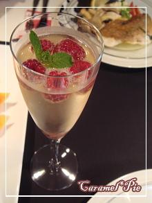 シャンパンで乾杯♪*