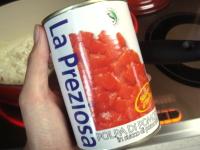 今回はこのトマト缶を使用☆