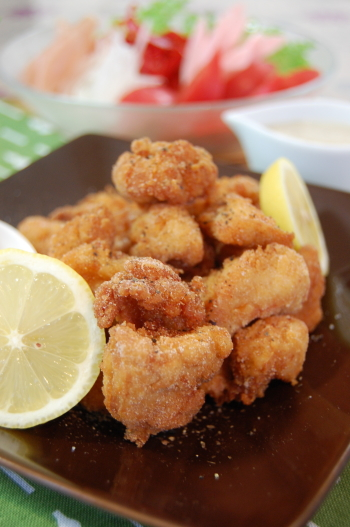 胡椒タップリna鶏の唐揚げ