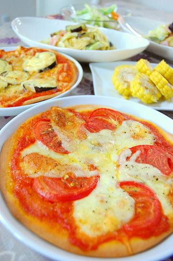 手作りピザそして茄子とベーコンのパスタna晩ゴハン