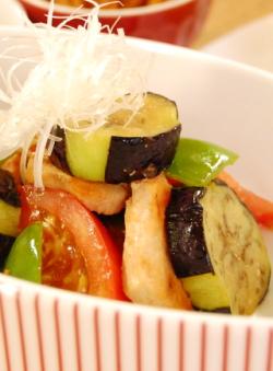 野菜でボリュームアップ♪