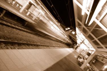 #001 行く電車