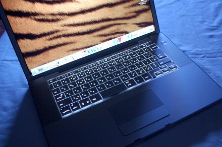 #002 MacBook Pro