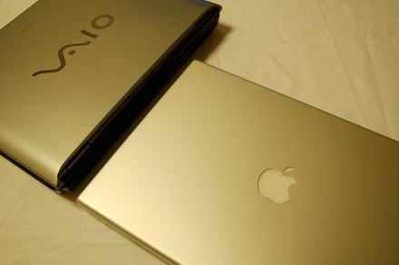 #001 MacBook Pro と VAIO
