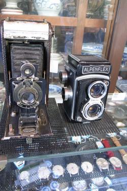 #002 古カメラ