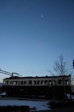 #002 夕方の鉄道