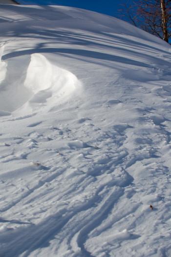 #001 雪の模様