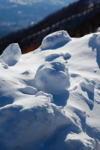 #002 雪玉
