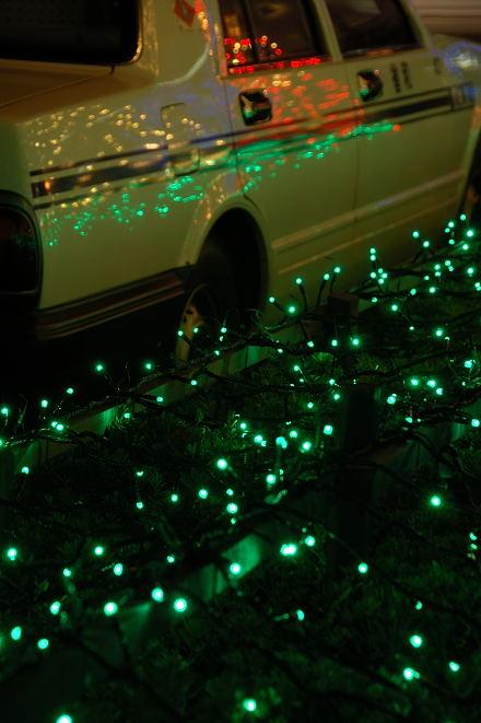 #003 タクシーを照らす
