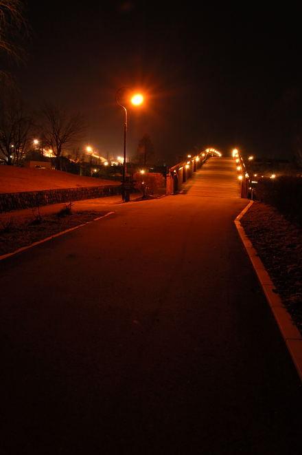 #004 夜の公園