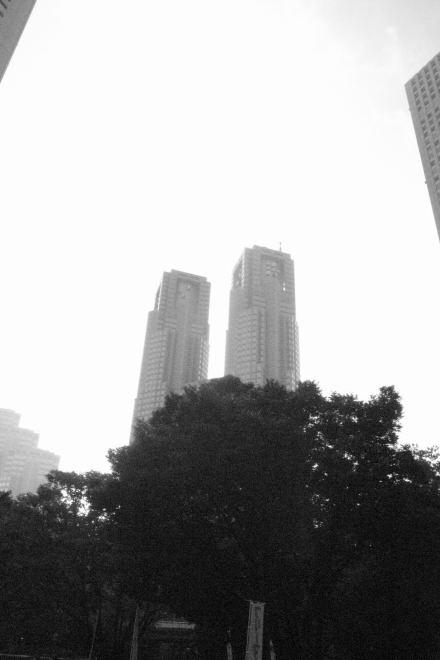 #005 新宿の高いモノ