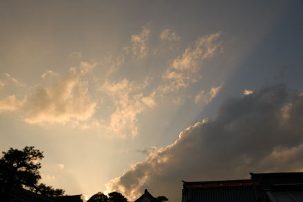 #001 夕方の空