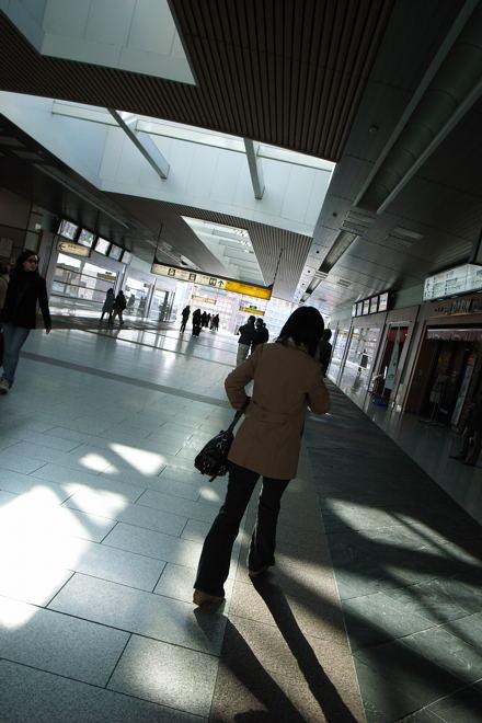 #002 朝駅
