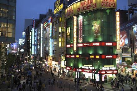 #001 夜の新宿
