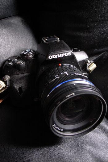 #001 OLYMPUS E-410