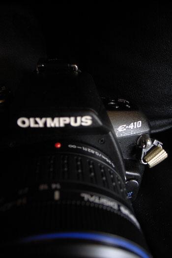 #002 OLYMPUS E-410
