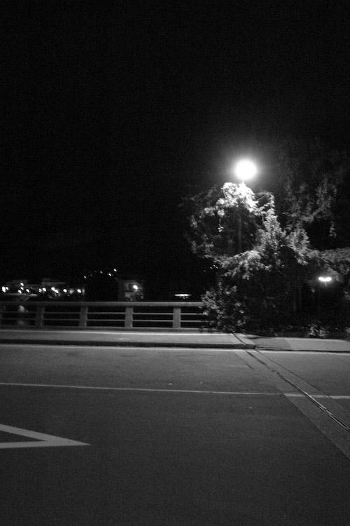 #004 夜の街