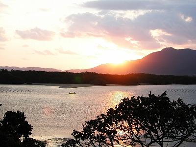 石垣島・川平湾の夜明け
