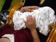 赤ちゃん抱っこのロン