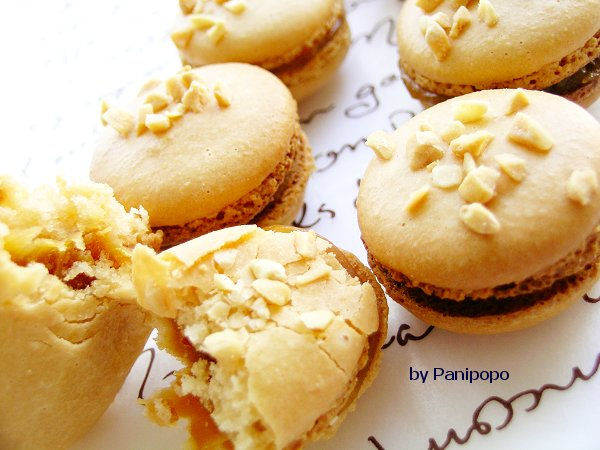 peanut_macarons2