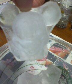 ミッキーの氷(^o^)
