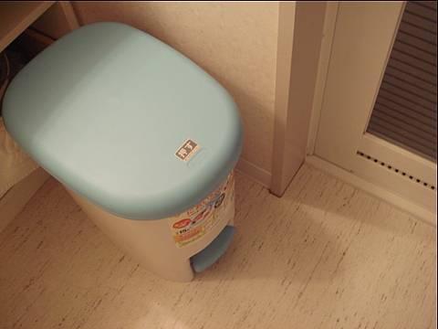 シート専用消臭ゴミ箱。