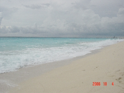cancun_hotel_beach2_s