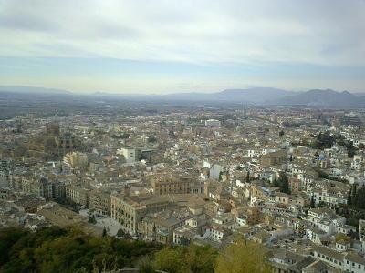 アルハンブラ宮殿からグラナダ市街を望む
