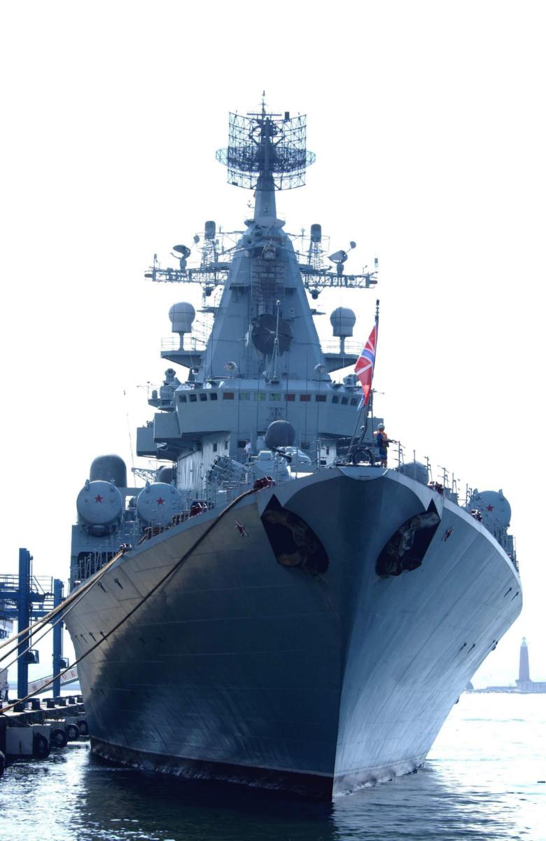 黒海艦隊のロケット巡洋艦「モスクワ」は空母部隊との合流を準備する   N.G.クズネツォフ記念・ウリヤノフスク赤旗・親衛ロシア海軍情報管理局