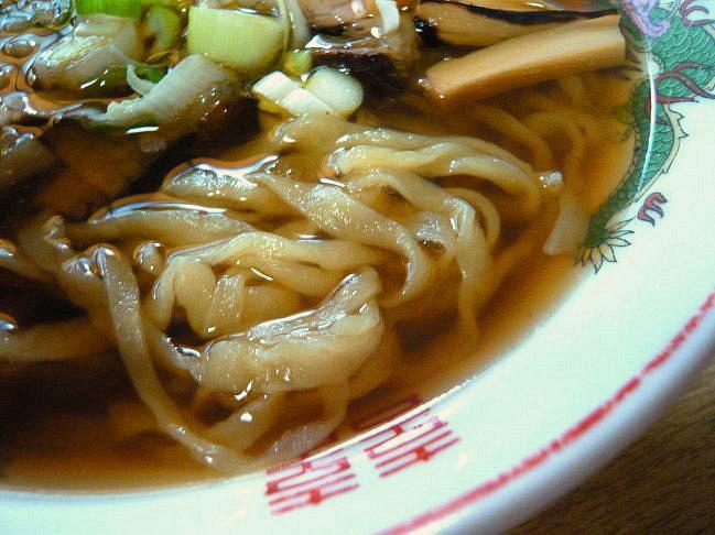 みつや食堂中華そば麺