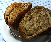 折込みココアパン(断面)