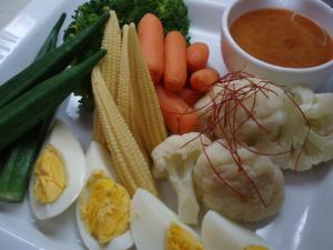 温野菜ガドガドソース