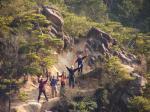 09天狗岩から先行する5人を撮る