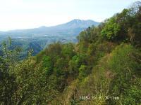 01 林道から高原山を振返る