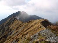 16 剣ヶ峰から弥山への道