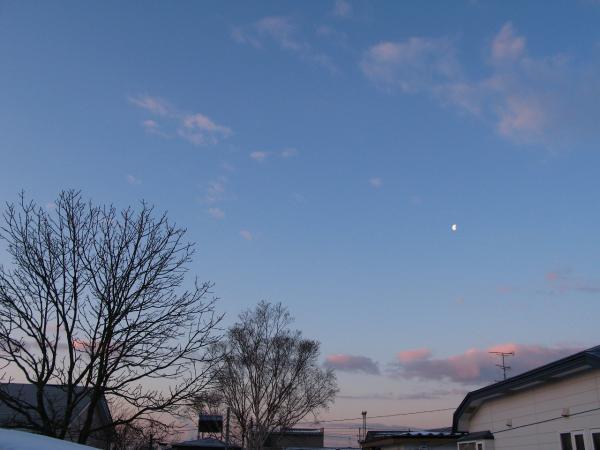 朝の空と月~~~