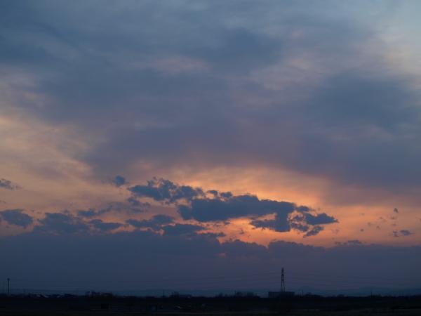 今日も雲か~