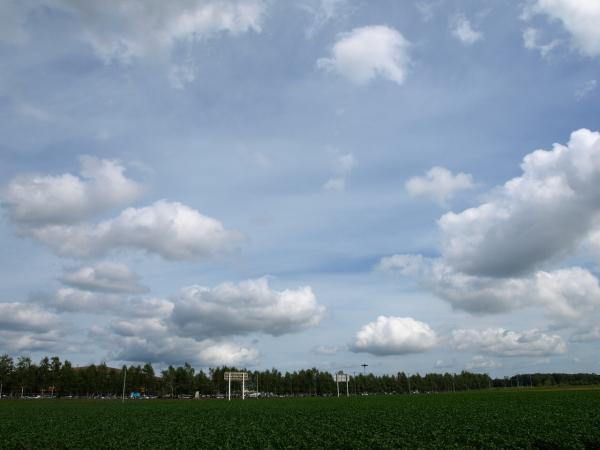 空。雲。風。