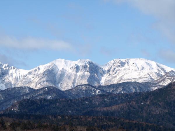 山に雪。。