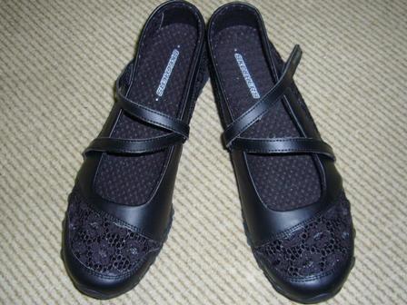 スケッチャ-ズの靴