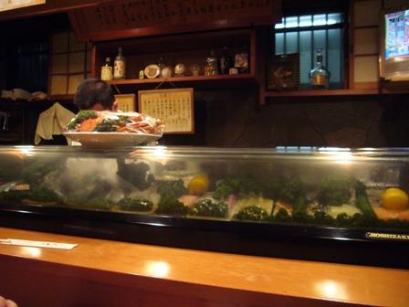 と金寿司店内