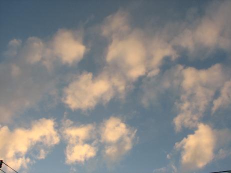 夕暮れの空の雲 001