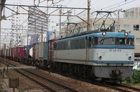 EF65-104.jpg