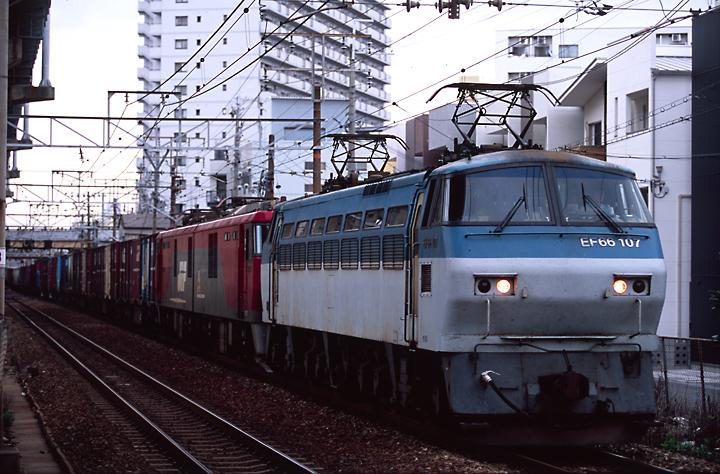 EF66-EH500-1.jpg