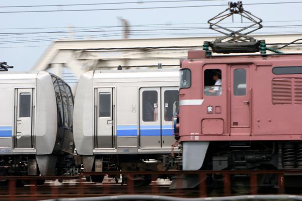 207系と日本海