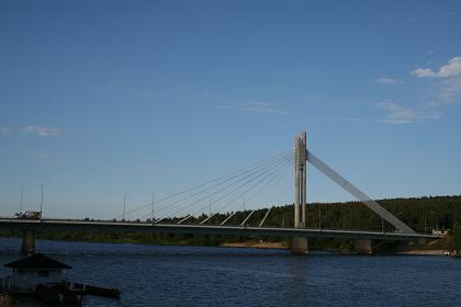 ロヴァニエミ_ロウソク橋