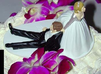 wedding-cake-figurines.jpg