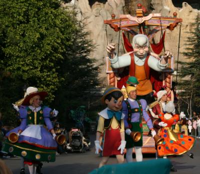 ピノキオたち